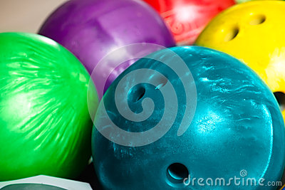 Bowling balls in ten pin or bowling alley