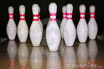 Bowling bolus row reflexion on wooden floor