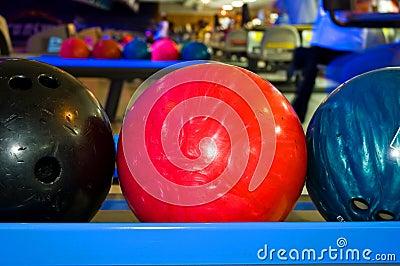 Bowlingspiel-Kugeln