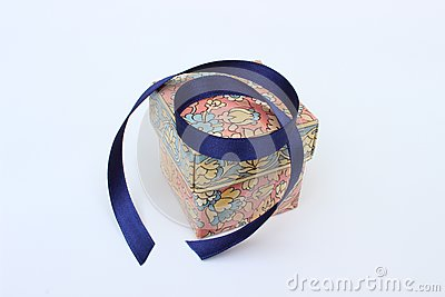 Box and ribbon