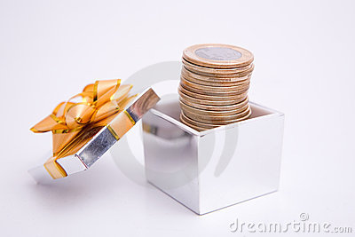 Box to gift and coin