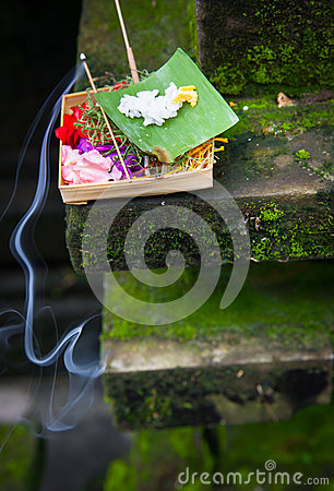 Free Box With Traditional Balinese Morning Offerings Or Canang Sari, Ubud, Bali Stock Photography - 69131762