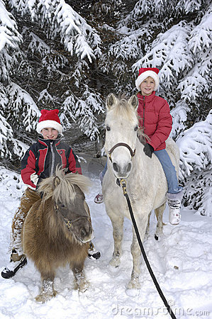 Free Boy And Girl With Horses Royalty Free Stock Images - 3927149