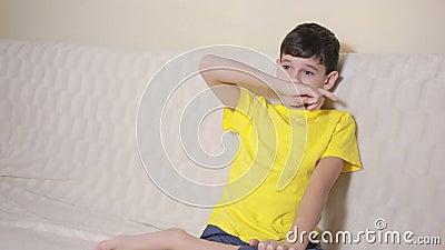 Boy Biting His Nails Obsessive-compulsive Disorder, Child ...