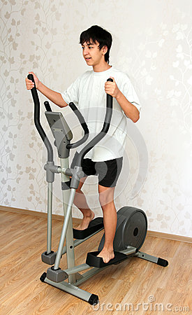 Free Boy Exercising On Trainer Royalty Free Stock Photos - 27224098