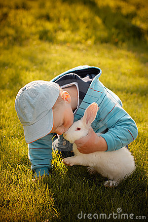 Free Boy Kissing His First Bunny Royalty Free Stock Photos - 19646798