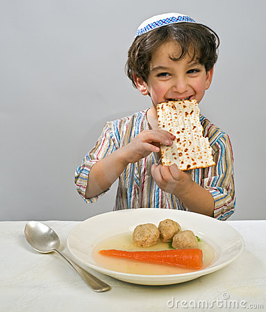 Free Boy Matzo Ball Soup Royalty Free Stock Photo - 8190605