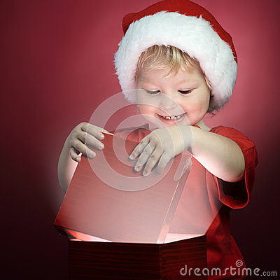 Free Boy Open Christmas Gift-box Royalty Free Stock Images - 45682589