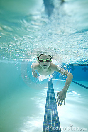 Free Boy Swimming Laps Royalty Free Stock Images - 12625729