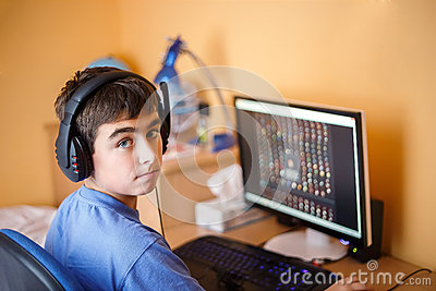boy using computer at home stock photos image 34411323 clipart of boy playing gutart clipart of boy sheriff