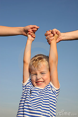 Free Boy With Parents Hands Royalty Free Stock Image - 1266236