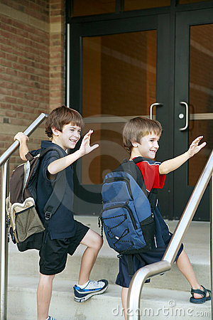 Free Boys Going Into School Royalty Free Stock Photos - 3160368