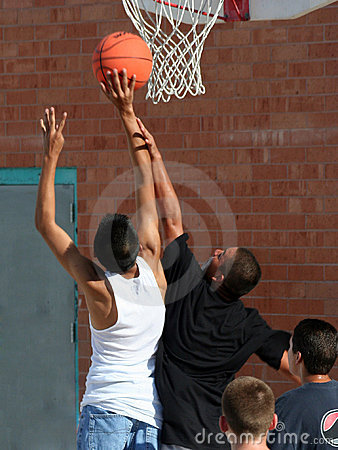 Free Boys Reaching For Basket Royalty Free Stock Images - 2252509