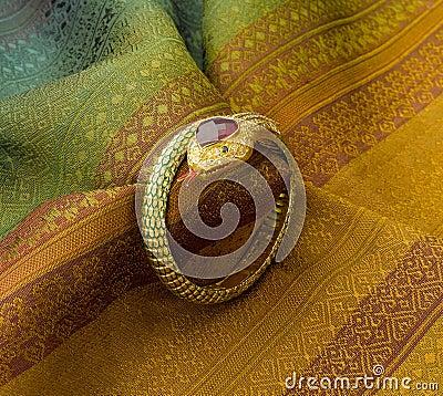 Bracelet in snake shape