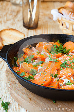 Free Braised Carrots With Cream In A Pan Royalty Free Stock Photography - 30732287