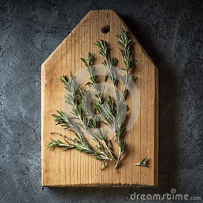 Free Branch Bunch Fresh Rosemary Spices Royalty Free Stock Images - 112219729