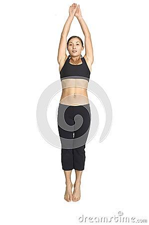 Branchez la posture accroupie 4