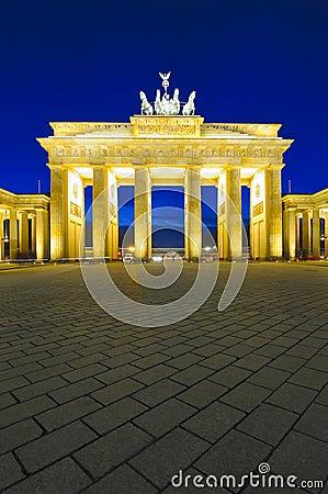 Free Brandenburg Gate, Berlin, Germany Royalty Free Stock Image - 18272086