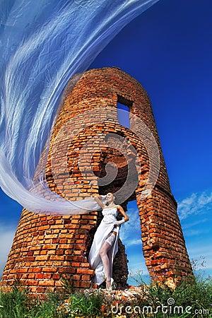 Braut mit langem Schleier