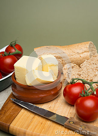 how to make a bread board