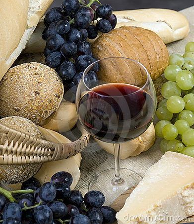 Free Bread Cheese And Wine 5 Royalty Free Stock Images - 1325759