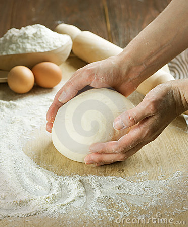 Free Bread Cooking.Dough Royalty Free Stock Images - 13837839