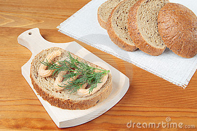 Bread with fish paste