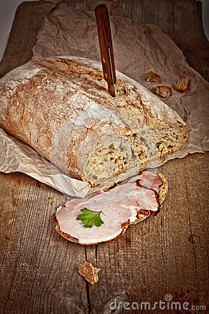 Bread with sliced pork ham