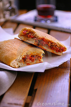 Free Bread Stuffed With Vegetable Royalty Free Stock Photo - 7560295