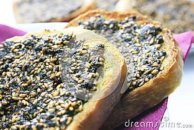Bread thyme pie