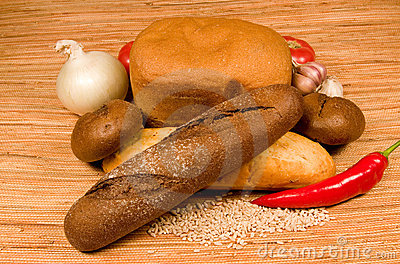 Bread and vegetables.