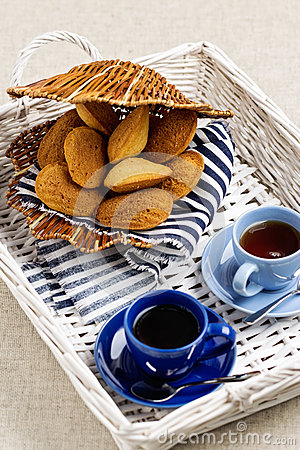 Free Breakfast. French Pastries Madeleines With Cup Of Coffee. Stock Photos - 71795893