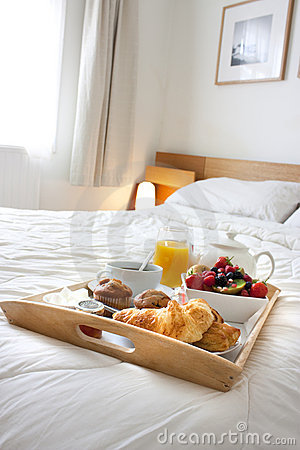 Free Breakfast In Bed Royalty Free Stock Images - 15061819