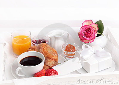 Breakfast with present