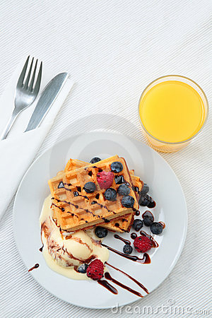 Free Breakfast With Waffles And Juice Royalty Free Stock Photos - 9291988