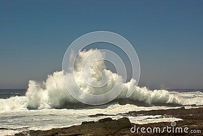 Breaking waves on ocean shore