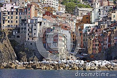 Breakwater, Vernazza, Italy