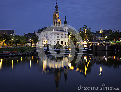 Breda at night