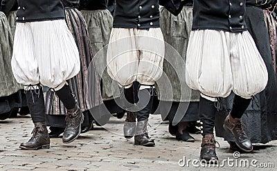 Breton pants in parade