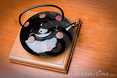 Brewing teapot in the Japanese style