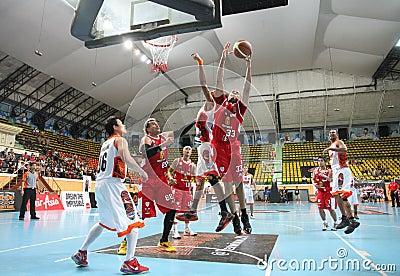 Brian Williams #33 rebound ball compete with Sports Rev Thailand Slammers in an ASEAN Basketball League