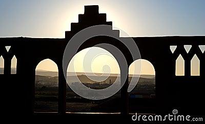 Brick Arc Arabic Style
