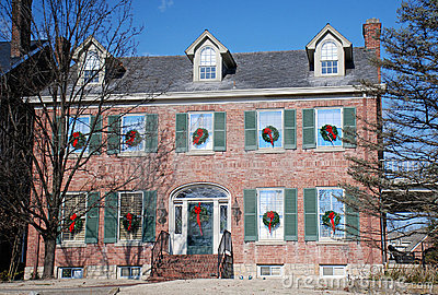 Brick Colonial Decorated for Holidays 97