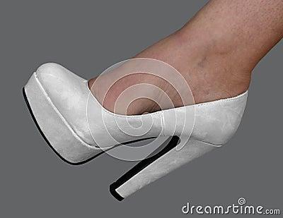 Bridal pumps