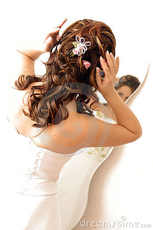 Free Bride Adjusting Hair In Mirror Stock Photos - 3007073