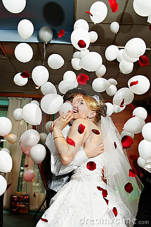 Free Bride And Groom In Wedding Celebration Stock Photography - 12551112