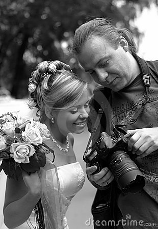 Free Bride And Photographer Stock Photography - 2315962