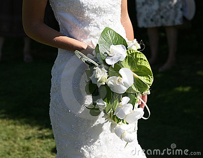 Bride holding a bouquet of flowers