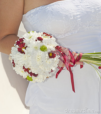 Bride holding a flower posy