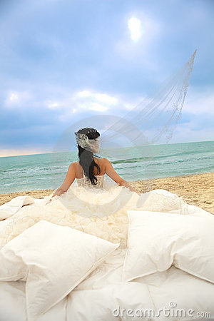 Free Bride In Bed At The Coastline. Stock Photos - 20800583